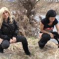 2 sexy Ladies pissen im Freien - -bigimaus-