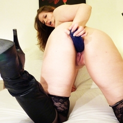 Big Blue in der Pussy - Julia-Jones