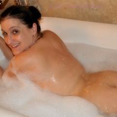 Herrlich so ein Bad! - -CrazyAngel-