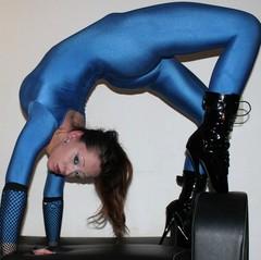 Lycra Catsuit & Ballett Boots - Lauryna