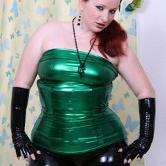 Black N Green - Vanessa-Louri