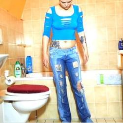 Jeans mit 2 mal Pipi - Heiss-und-Feucht