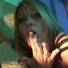 krass- von der spermasau gefickt! - nasty-emma