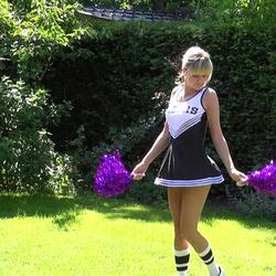Süße Cheerleaderin anal benutzt! - schnuggie91