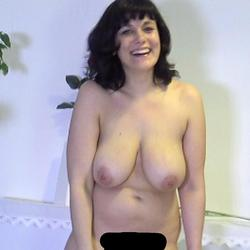 Ganz nackt mit Riesen Titten - Susi-Extrem