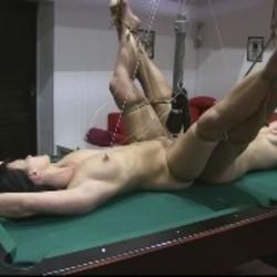 Doppelte Pussy Tortur 3 - FolterKeller