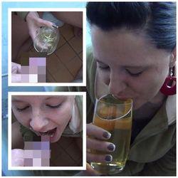 Ein leckeres Glas Pisse - Two-Bitches
