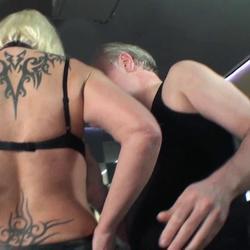schwanzluder rangenommen - pornorama-xxx
