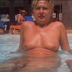 Spanner im Pool - angelgrazia06