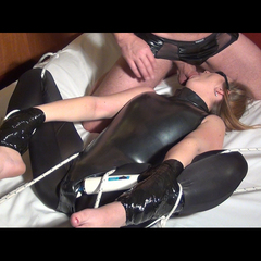 Froggystyle Bondage mit Orgasmusmarathon - 1st_girlshouse