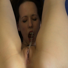 Selfpiss in HighHeels und Korsett - Sweetbitch87