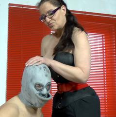 Die Urinal Maske - Corset-Goddess