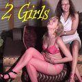 2 Girls zeigen ihre Pussy - naturalchris