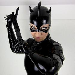 Miss-Atrax